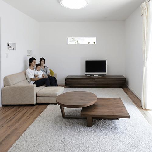 静岡の実例・シンプルでナチュラルな家族そろって寛げる家
